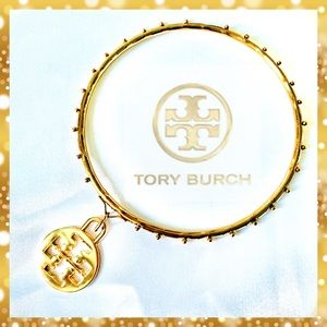 ❤️🍃 NEW TORY BURCH LOGO CHARM W/ GOLD SUN BANGLE